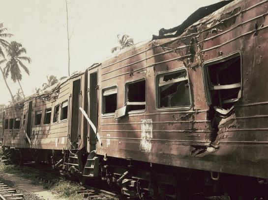 Train_Snapseed